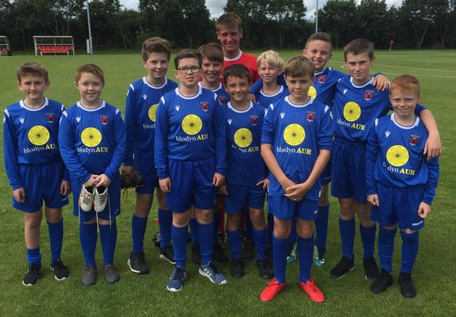 Players from Ruthin Town U-12s