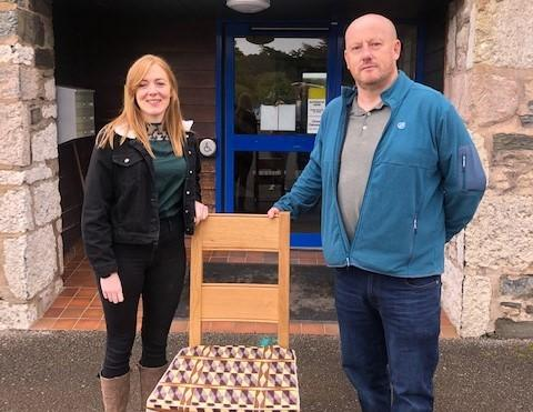 Erfyl Jones and Gwenno Davies, chair of Clwyd YFC