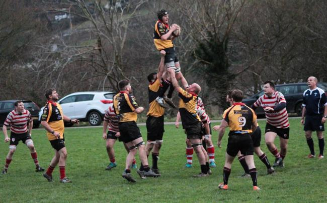 Llangollen collect a lineout. Picture: Morgan Roberts