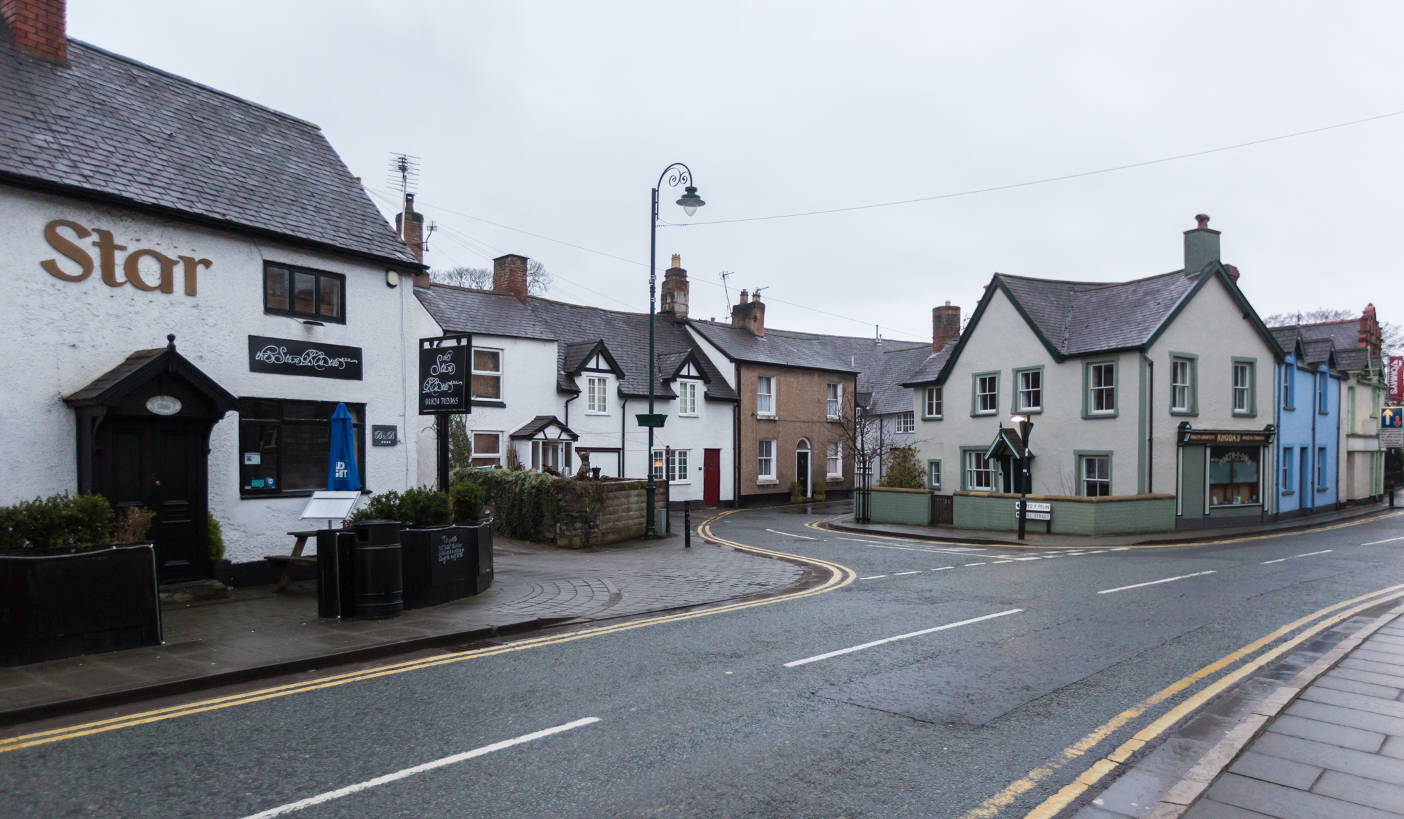 Clwyd Street, Ruthin near to the location of a serious assault - DJW190218