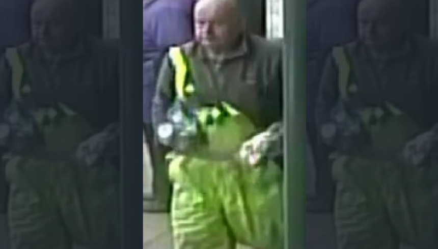 CCTV of man who is dropped his money in Denbigh supermarket