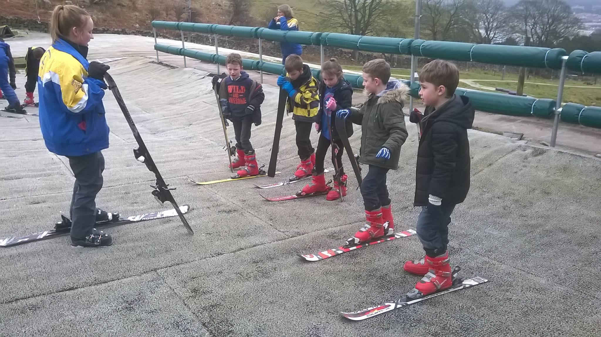 Beaver Scouts from Ruthin in the ski slope in Llandudno