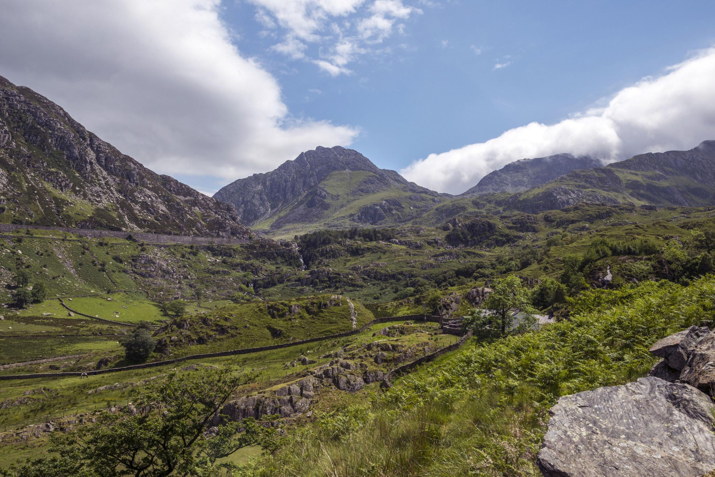 Beautiful scenic mountains of Glyder Fawr and Castell Y Gwynt, Snowdonia, North Wales