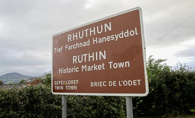 Ruthin town sign